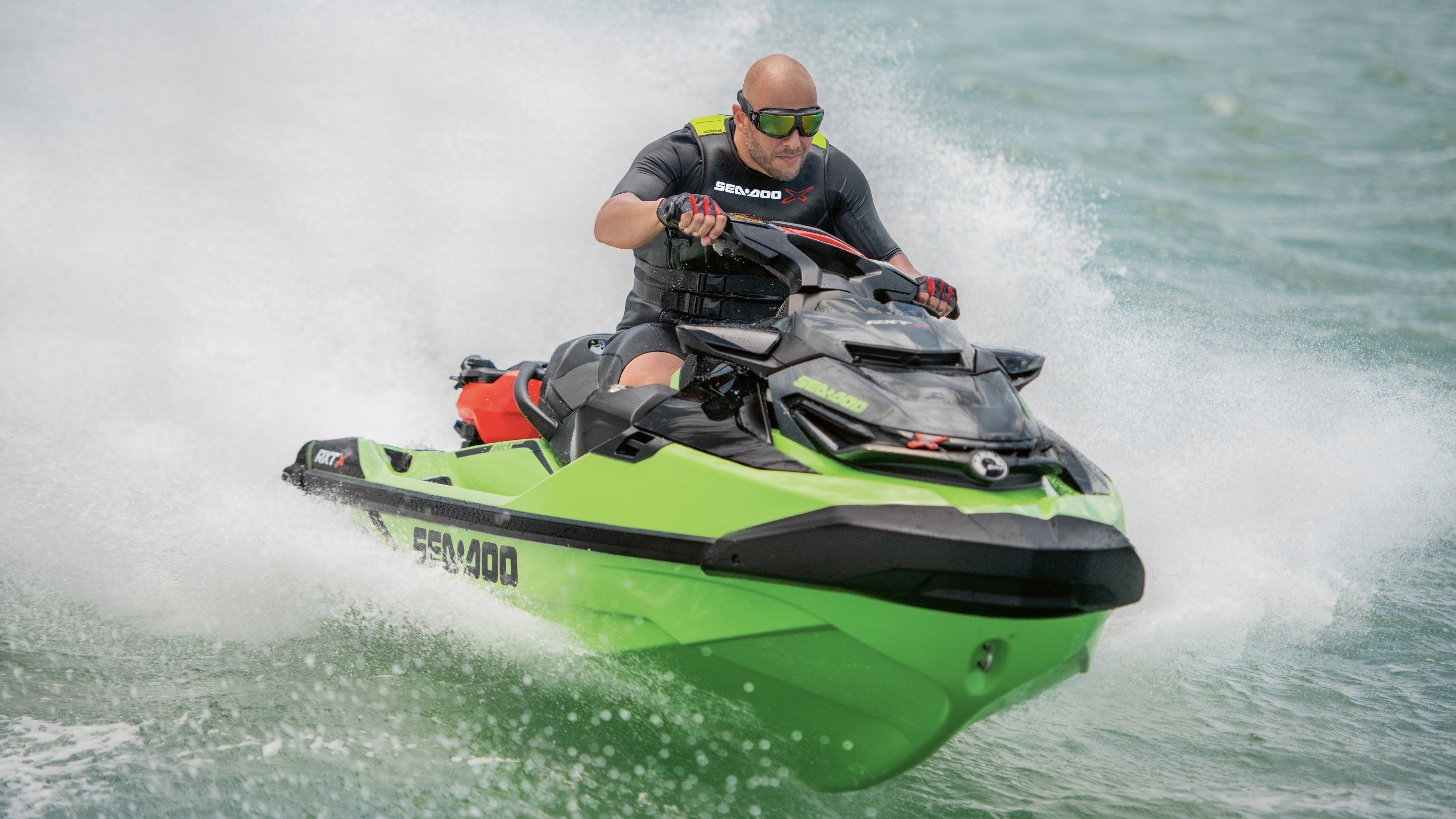 Conductor en una Sea-Doo