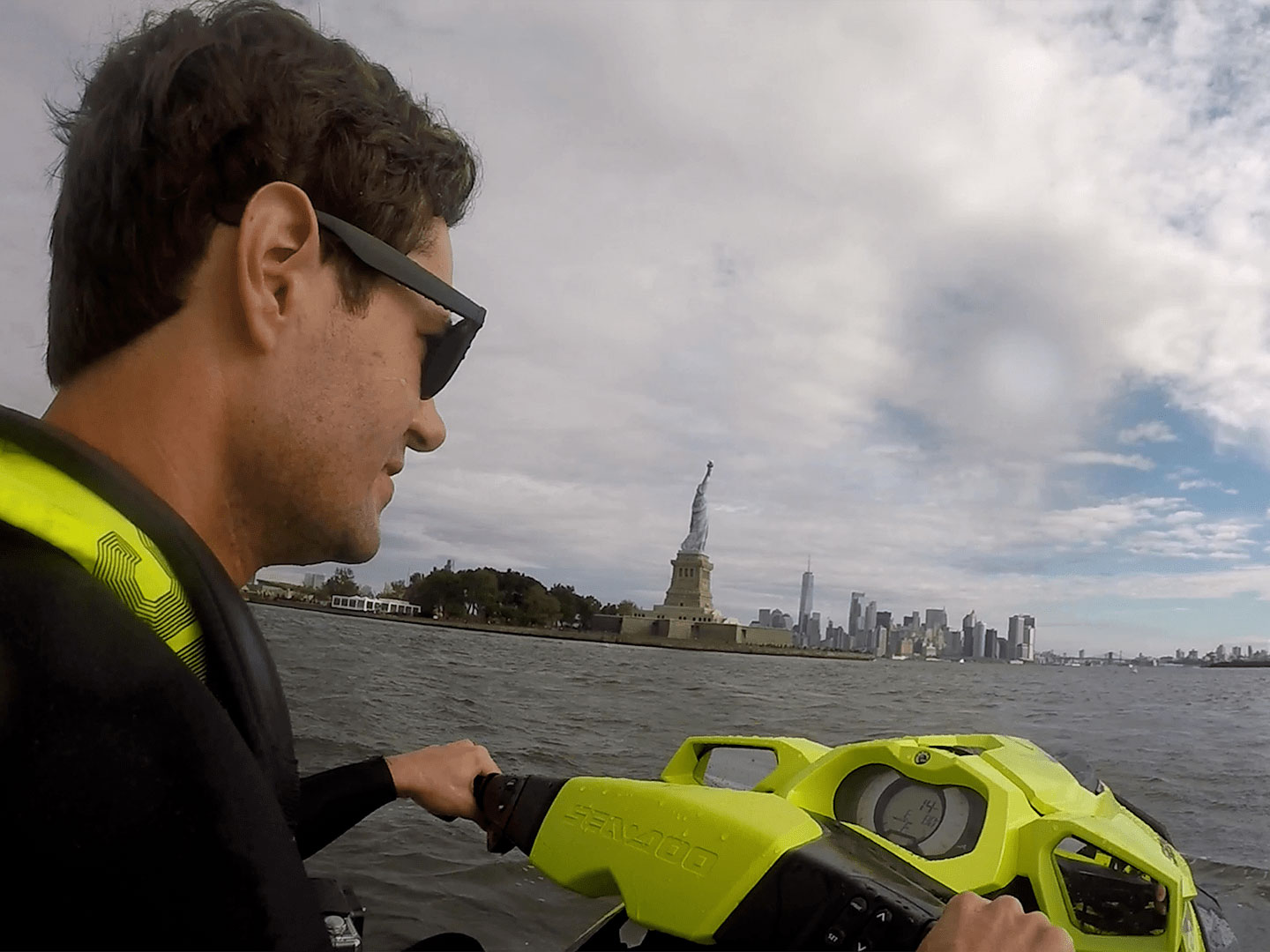 Comment David Pike vit sa vie Sea-Doo à N.Y.